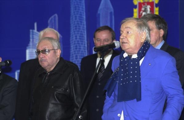 Друзья: с Андреем Вознесенским